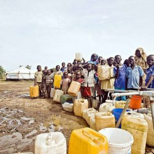 children-and-women-in-line-for-water-crisis-shortage-e1566927795125
